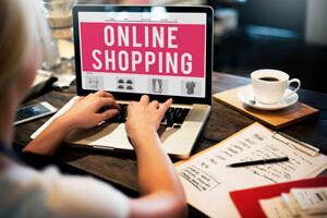 Powody, dla których warto robić zakupy w Internecie
