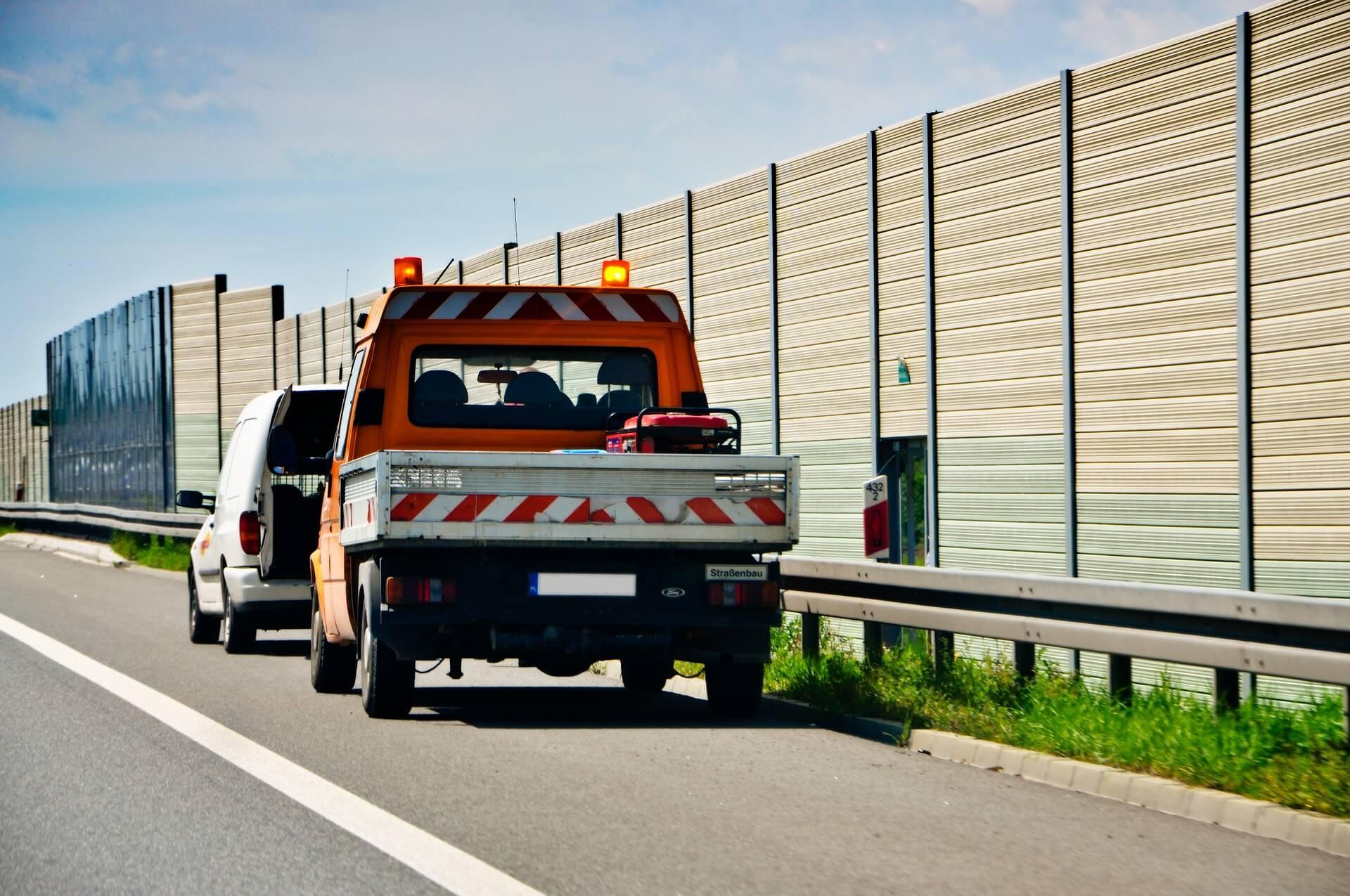 Co zrobić w razie awarii samochodu na autostradzie?