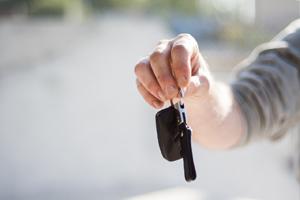 Kredyt na samochód - jak wybrać i na co zwracać uwagę podczas przeglądania ofert?