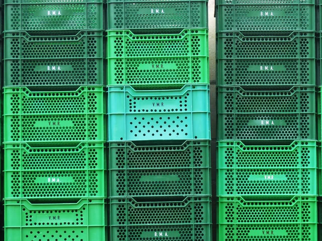 Producenci skrzynek plastikowych do transportu żywności w Polsce - lista 5 największych